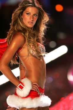 31 Victoria's Secret show throwbacks