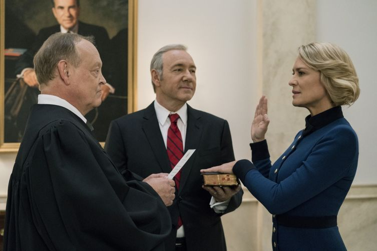 """Netflix cancels House of Cards after """"troubling"""" allegations against Kevin Spacey arise"""