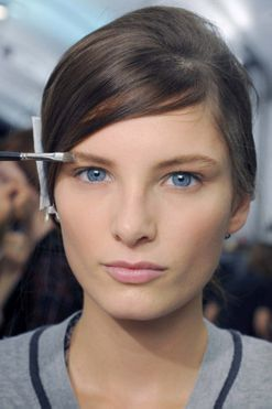 An expert's guide to bridal brows