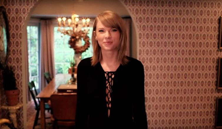 What we learned about Taylor Swift's interiors style from her 73 questions video