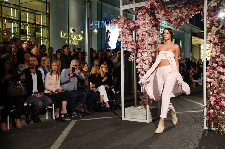 Melbourne Spring Fashion Week turns 21
