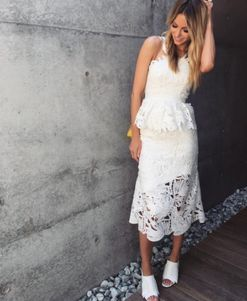 Jennifer Hawkins's rules for nailing the spring racing season