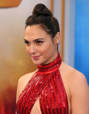 Gal Gadot's Wonder Woman salary helps prove Hollywood's wage equality problem, yet again