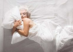 Douglas Kirkland tells Vogue what it was like photographing Marilyn Monroe