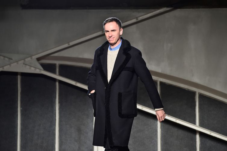 In fashion news today: Raf Simons to partner with Woolmark; Sarah Rutson resigns from Net-A-Porter