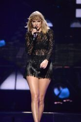 Taylor Swift is being sued because haters gonna hate