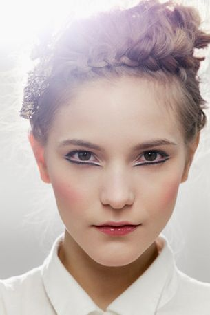 Recreate Chanel's pre-fall 2013 beauty look
