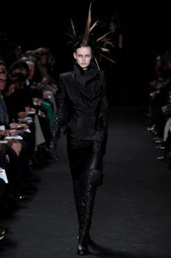 Ann Demeulemeester Ready-to-Wear A/W 2012/13