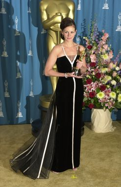 You'll never guess where Julia Roberts's Oscar-winning Valentino gown is now