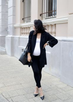 How to avoid buying maternity clothes during pregnancy