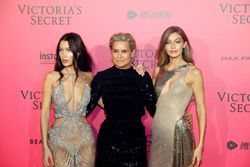 Yolanda Hadid has 40 pictures of Bella and Gigi in her kitchen