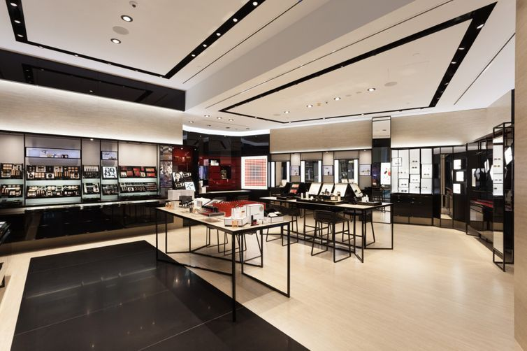 Chanel just opened a store on the gold coast vogue australia for Chanel milano boutique