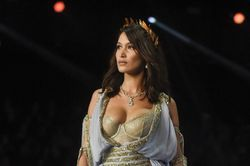 Bella Hadid and Ming Xi: all the wardrobe slip ups from the Victoria's Secret Fashion Show 2017