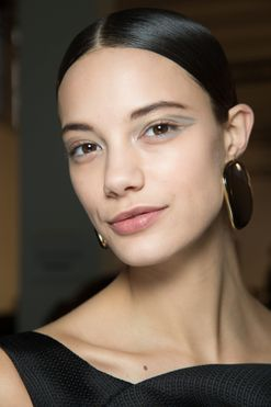 The 10-minute make-up routine for when you're in the morning rush