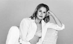 Lauren Hutton, 73, is Calvin Klein's newest underwear model