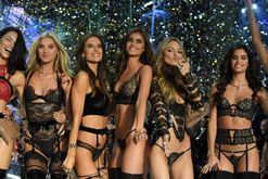Angel 101: Vogue's cheat sheet to the 2017 Victoria's Secret Fashion Show