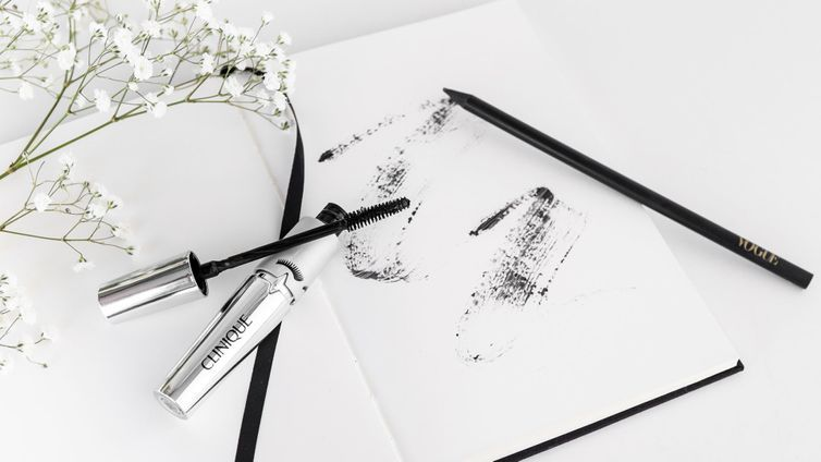 Why your next mascara should have customisable volume