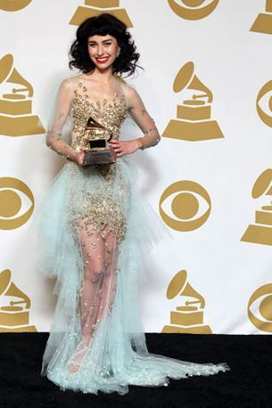 All about Kimbra's Grammy dress