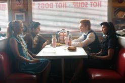 Prepare yourself for Riverdale season two with these photos of the cast on set