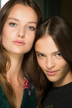 24 backstage looks to inspire your VOSN summer beauty buys