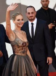 This is why Jennifer Lawrence and Darren Aronofsky broke up