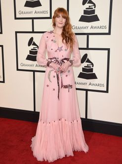 The Vogue team comment on the best dressed at the 2016 Grammys