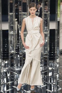 Bride to be: 20 pieces to shop for the minimalist bride
