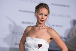 Jennifer Lawrence wants you to go wine tasting with her