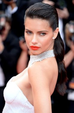 Adriana Lima has married herself