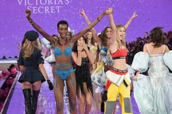 A list of every model walking in the 2016 Victoria's Secret show