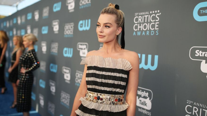 What they're wearing on the 2018 Critics' Choice Awards red carpet