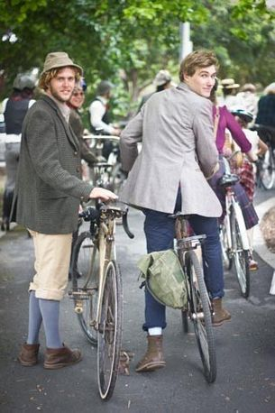 Melbourne Tweed Ride has the vintage look
