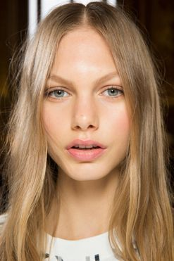 A foolproof guide to lightening your hair for spring