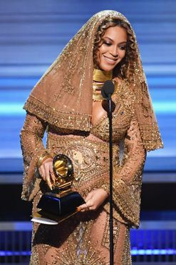 """Beyonce's full Grammys acceptance speech: """"It's vital that we learn from the past."""""""